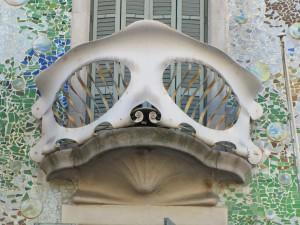Wat zie jij ? Vleermuis of masker?